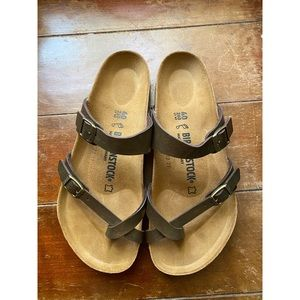NEW Birkenstock Mayari Sandals Golden Brown